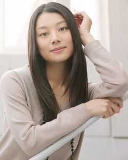 小池栄子さんプロフィール画像