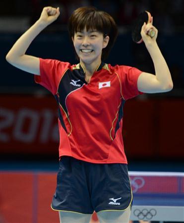 石川佳純選手の画像