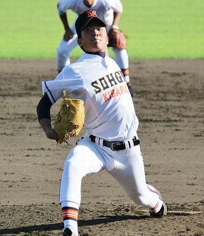 早川隆久投手の写真