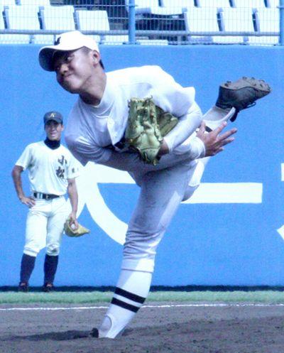 亀岡優樹投手の写真