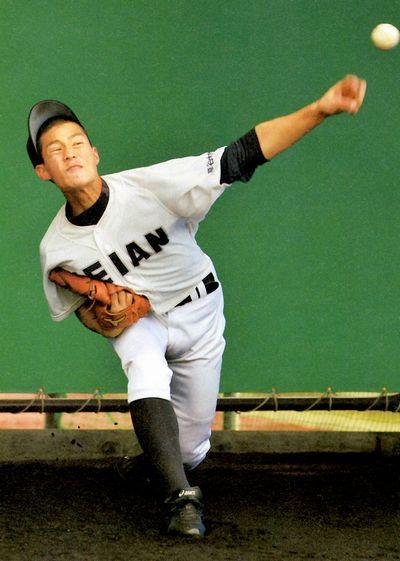 高橋奎二投手の写真