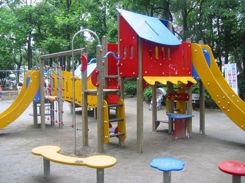 長島一号公園の遊具