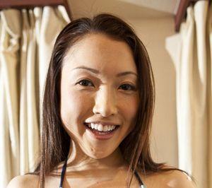 イクメン議員の不倫相手が宮沢磨由?宮崎謙介議員と女性タレントの関係は?