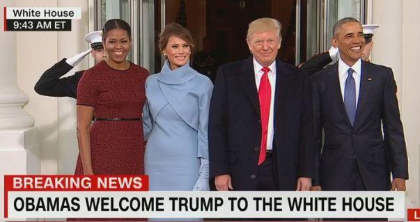オバマ大統領、トランプ大統領、メラニア夫人、ミシェル夫人の記念撮影
